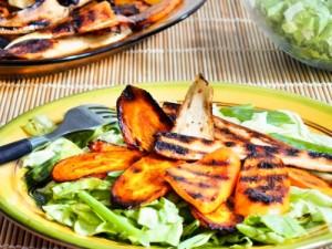 20140730 grillzöldseges_salata (500x375)